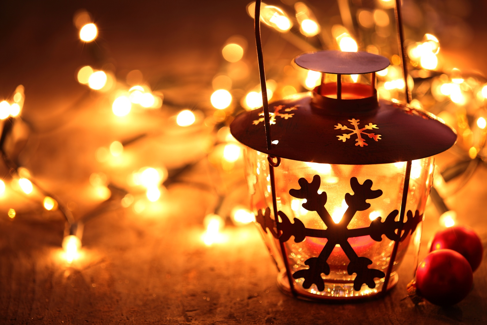 christmas lights safe